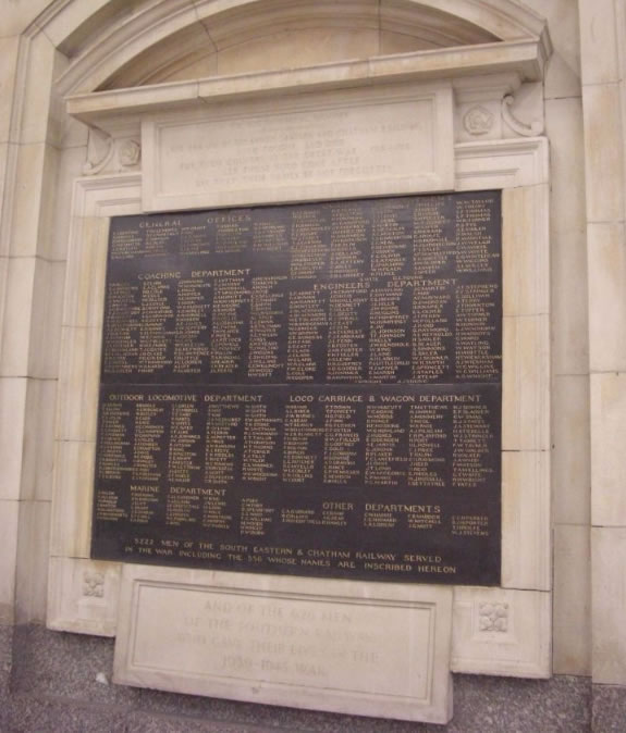 To the immortal memory of the 556 men of the South Eastern and Chatham Railway who fought and died for their country in the Great War 1914-1918